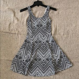 NWOT Aztec Patterned Dress